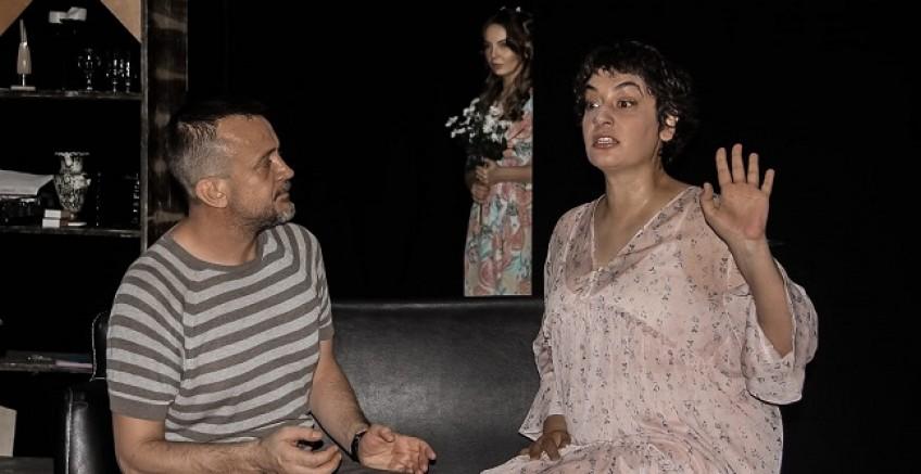 'Sırça Kümes' Bursalı Sanatseverlerle Buluşuyor